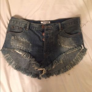 NWT One Teaspoon shorts size 28