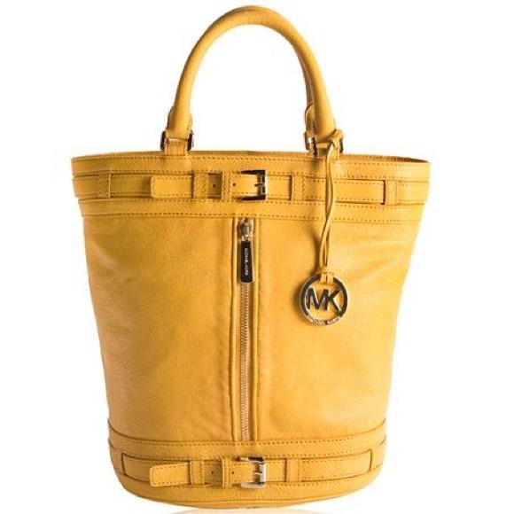 e4a60b469d19 Michael Kors Kingsbury bag-yellow large-perfect! M_581ea2f64e95a32cf90549ee