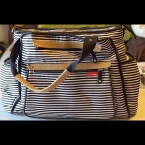 Skip Hop Handbags - Skip Hop Grand Central Diaper Bag
