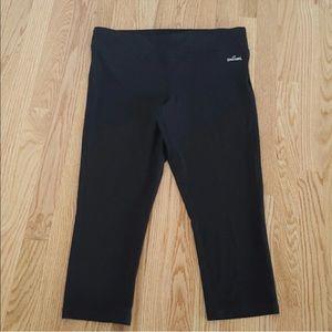 Spalding Cropped Yoga Pants