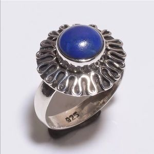 Jewelry - Silver ring with lapis center Stone
