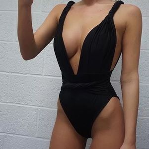 Black swimming suite one piece sw150