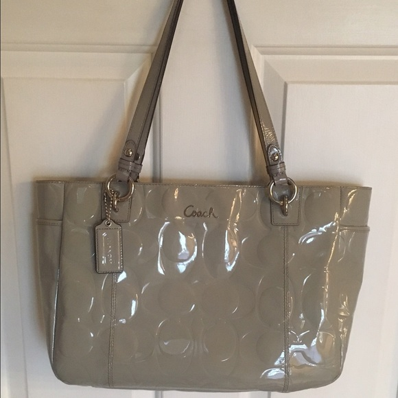 8d2e7b2df60e ... amazon coach signature embossed patent leather tote bag e0b96 614e2