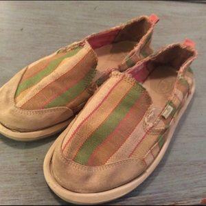 Sanuk Shoes - Sanuk size 8