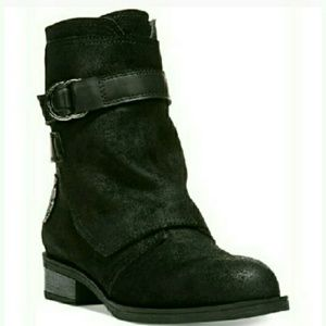 Fergie Shoes - 🆕Fergie Cuff Over Zippered Suede Boots