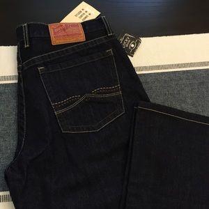 Lucky Brand RelaxedBootleg Men's size 33, inseam30
