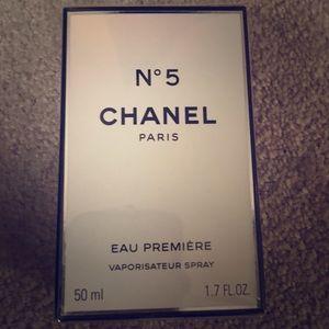 Chanel N5 parfum premiere