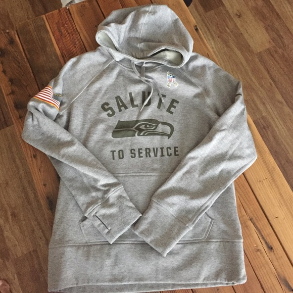 lowest price 15521 4d203 Women's Seahawks salute to service hoodie