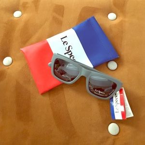 Le Specs Accessories - Le Specs Gray Matte Sunglasses