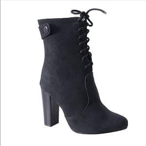 Shoes - •LAST TWO PAIR• Black short boots 💕