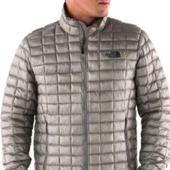 b2857cdaa MENS North Face Silver Thermoball Jacket Sz M