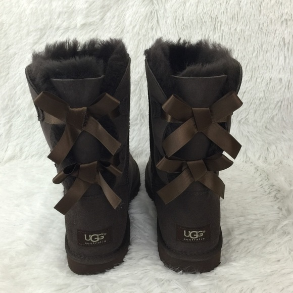 9751fa903b3 NWT, in box Bailey Bow II UGG boots, choc brown, 8 NWT