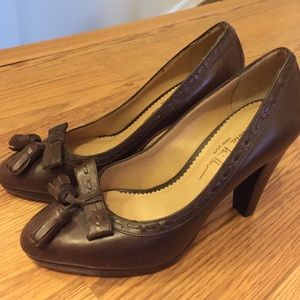 Nicole Miller Brown Leather Pumps