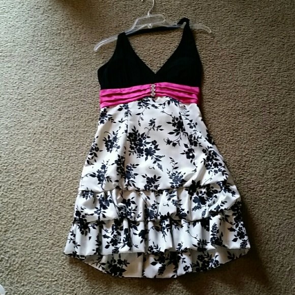 Taboo size L black, white and pink dress