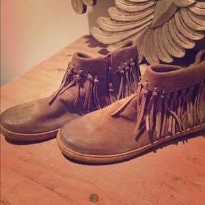 UGG Shoes - UGG Shenandoah Bootie Brand New never worn