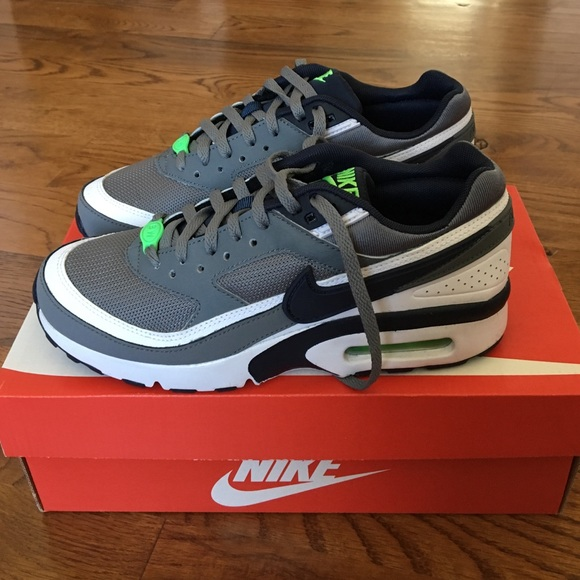 a3423e3ed3 Nike Shoes | Sale Brand New In Box Boys Air Max 4y | Poshmark