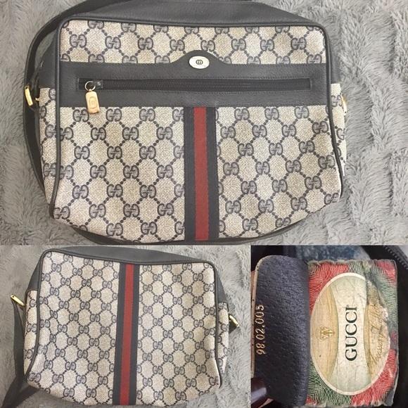 4816e27876c Gucci Handbags - Vintage Gucci Navy Blue Leather Crossbody Bag