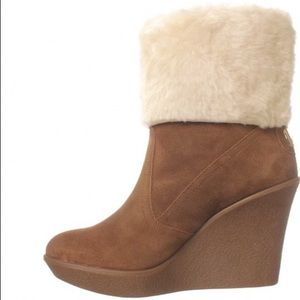 Coach Winona Wedge Suede Fur Boots size 9