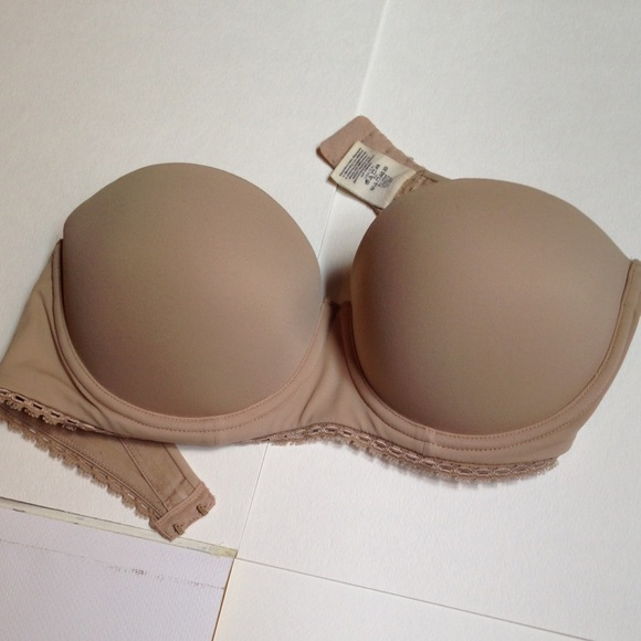 74a168c5f2301d Calvin Klein Other - Nude Calvin Klein strapless bra (moderate padding)