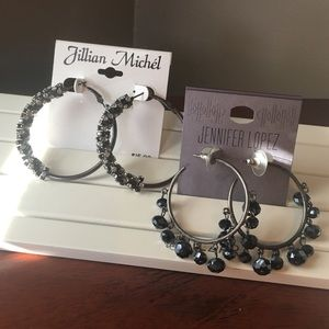 Jewelry - 💎Set of 2 sparkly hoop earrings. Never worn.