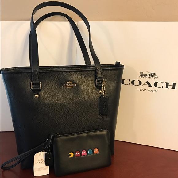 New - Coach Black Zip Tote Bag   Coach Pacman Bag 2bb1ceee152bb