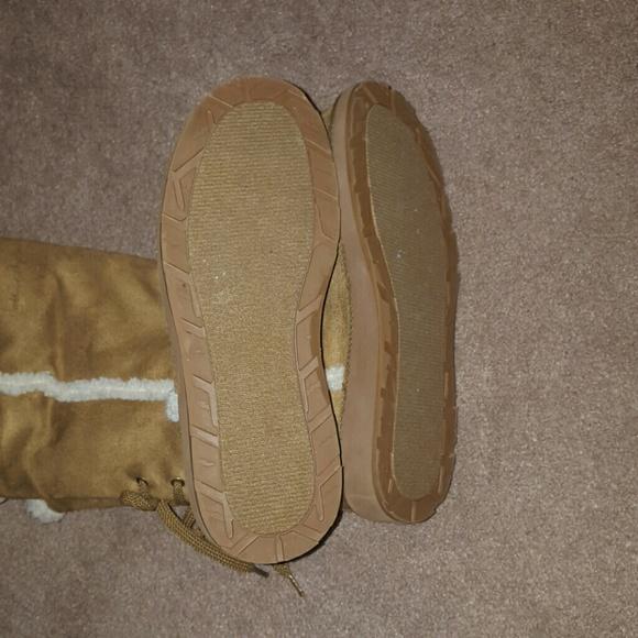 UGG - Girls Ugg like Boots Size 3 from Kim's closet on Poshmark