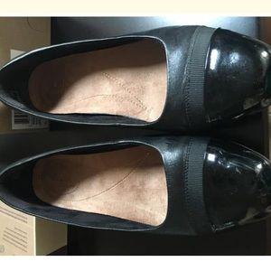 c0adb765a8 Clarks Shoes | Keesha Rosa Flats | Poshmark