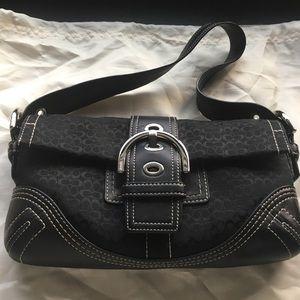 EUC COACH Small Shoulder Bag in Black C's