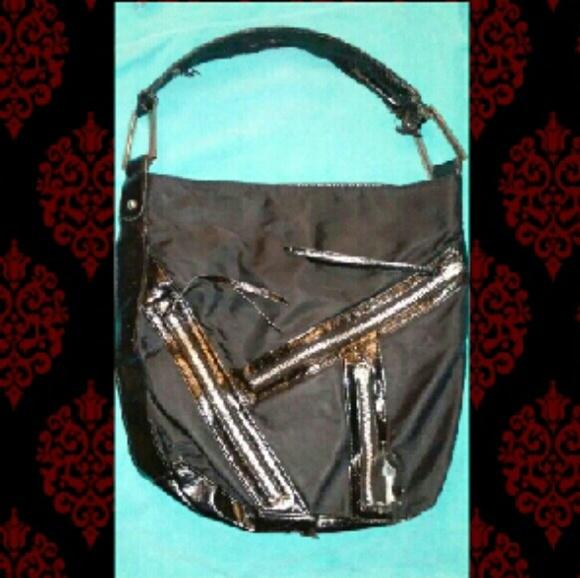 Carlos Santana Handbags - ISO this Carlos Santana Black Purse/Handbag