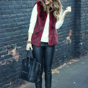 Jackets & Blazers - Glamorous faux fur vest