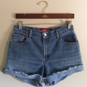 Levi's Pants - High Waisted Levi's 550 Shorts