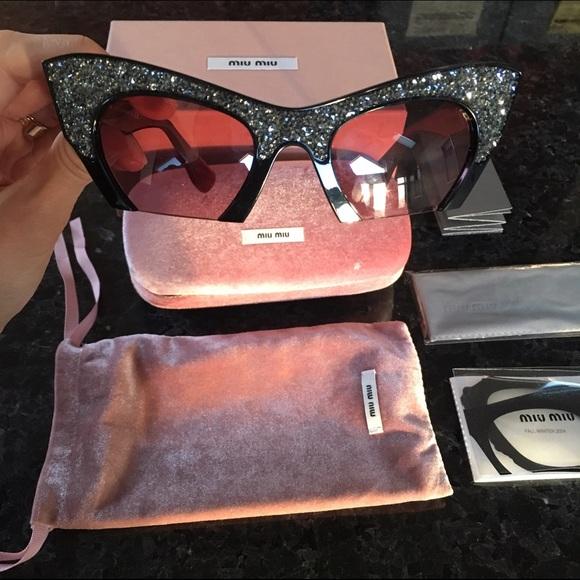 aa0913c29ad7 Miu Miu Rose Rasoir Rhinestone Cat Eye Sunglasses.  M 581faa0e4e95a3cca3083ef9