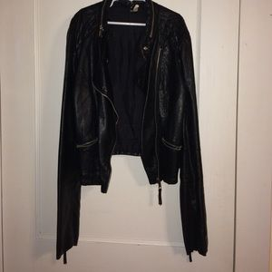 ⭐️️SALE⭐️️ H&M Leather Jacket