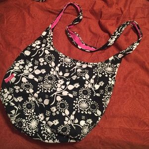 Reversible crossbody bag