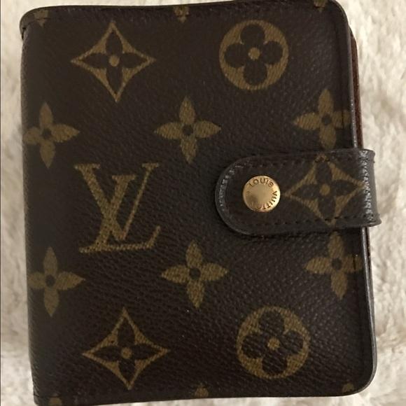 348e1a816a10 Louis Vuitton Handbags - Louis Vuitton compact zippy wallet