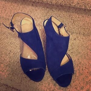 💥💥Nine West blue suede heels!