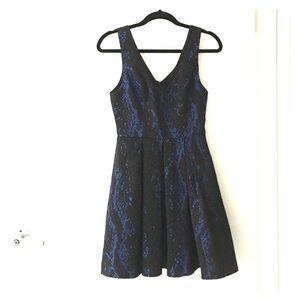 ABS Allen Schwartz Dresses & Skirts - ABS Allen Schwartz black/blue dress with pockets