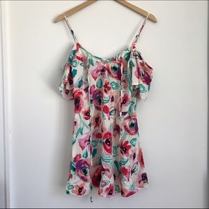 Mimi Chica Dresses & Skirts - Floral Sundress