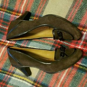 Sofft Genuine Leather Heeled Loafer Size 8
