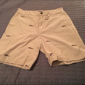 Chaps Other - 🐟SALE🐟Chaps khaki fish skeleton shorts