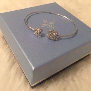 Vera Wang Jewelry - Moving Sale!! 🎉 Vera Wang Diamond Bangle