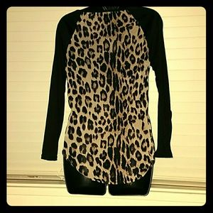 Tops - *Black and leopard high-low long-sleeved shirt!*