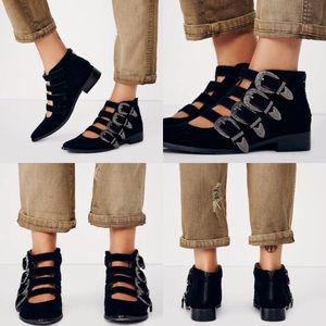 huge selection of 64609 d41d7 Free People Shoes - ✨RESERVED✨Free People Kobe Husk Debut Buckle Boot