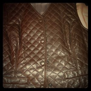 Dana Buckman choc. brown leather vest. Size 8.