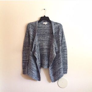 Macy's Sweaters - Thick Knitted cardigan