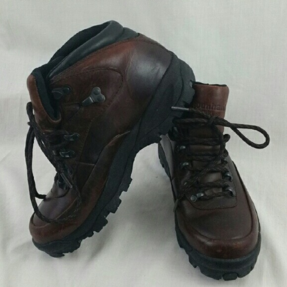 5e6b22e68d9 Waterproof brown leather hiking boots 8.5 Dunham