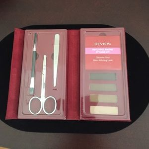 Revlon Other - Revlon Beautiful Brows Styling Kit