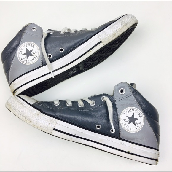 Converse Other - Converse Chuck Taylor All Star Axel MidTop Sneaker