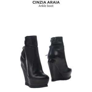 Rick Owens Shoes - Cinzia Araia Soft Leather Boot
