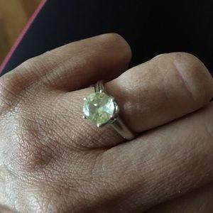 Vintage Jewelry - Vintage 10K white gold